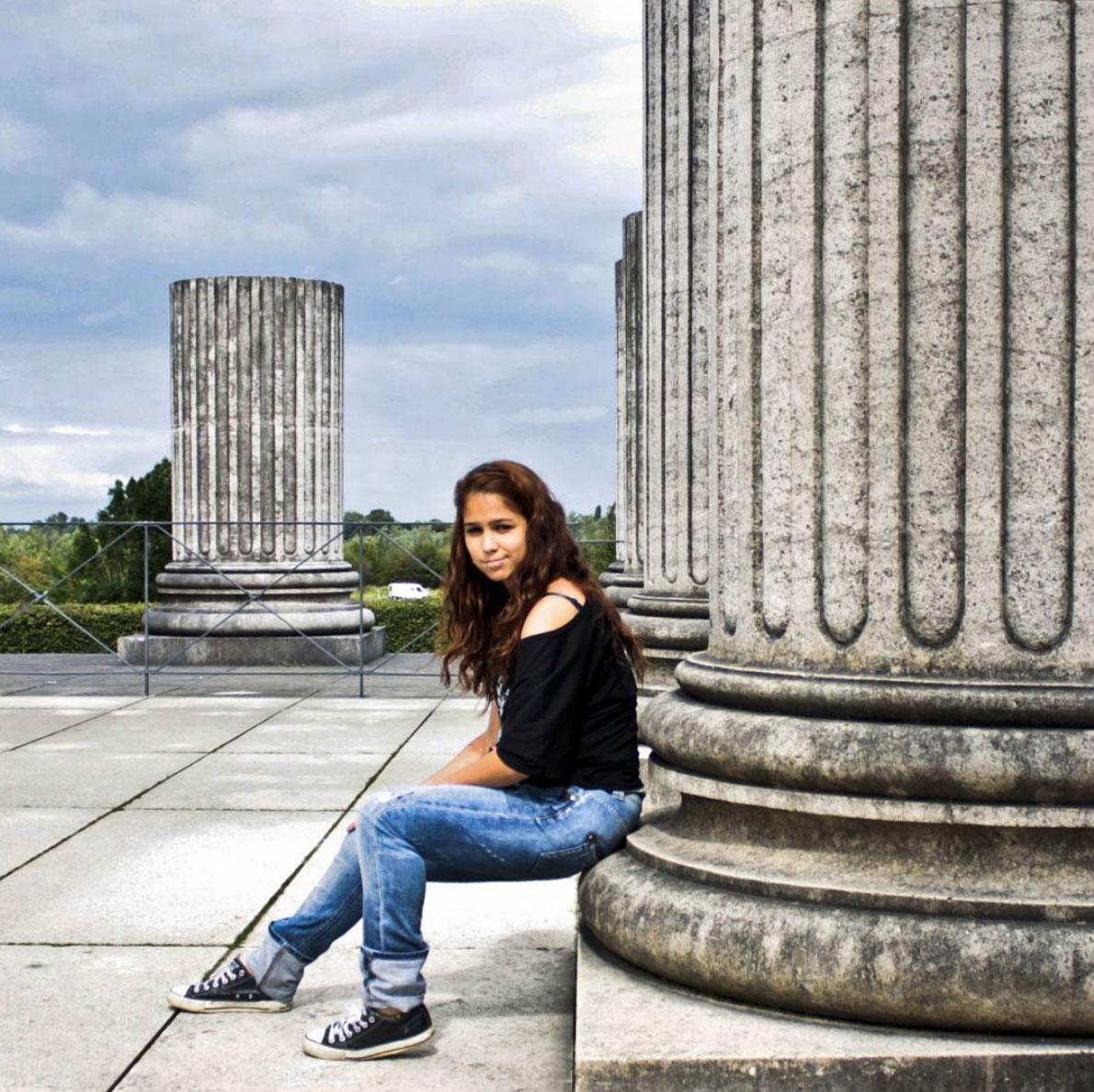 Selene at a roman column in xanten, germany