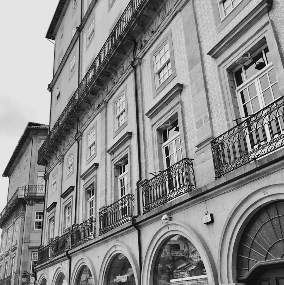 Detail of the buildings in Porto, Portugal