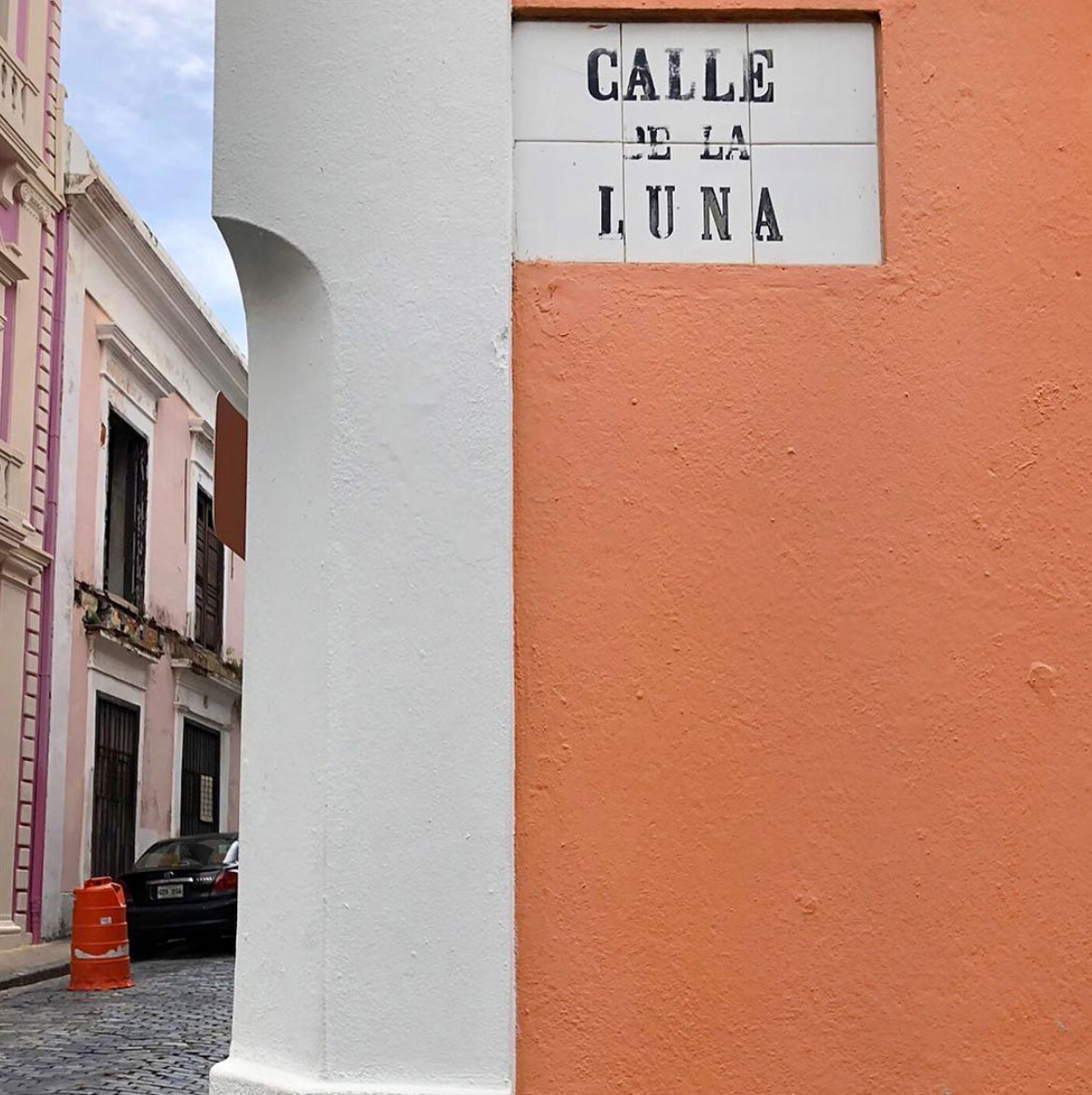 Calle de la Luna, San Juan, Puerto Rico