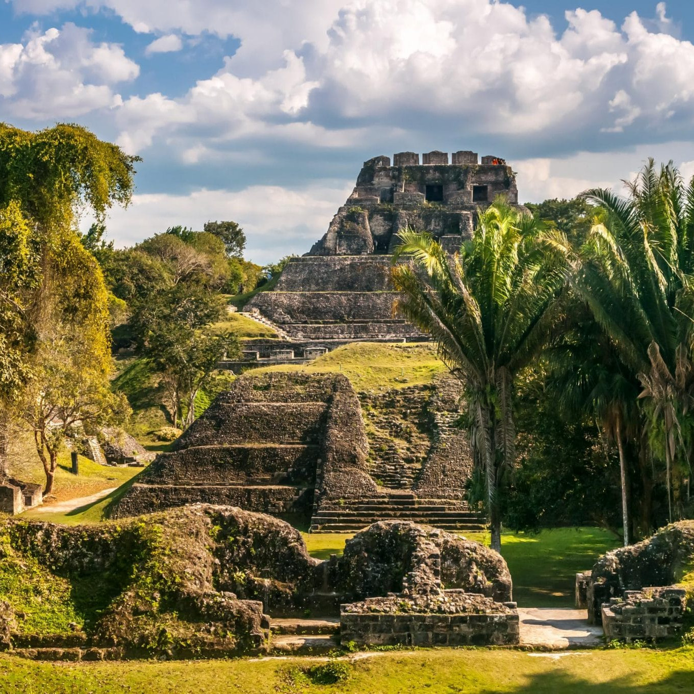 mayan ruins in central america