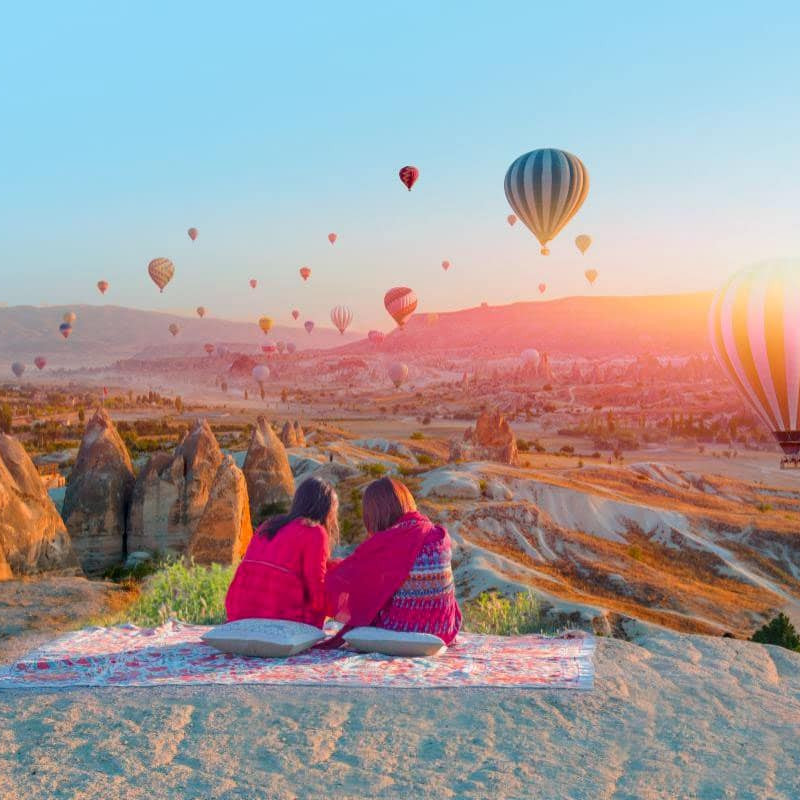 Capadoccia baloons turkey Asia travel guide