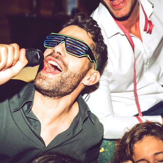 Karaoke night seoul