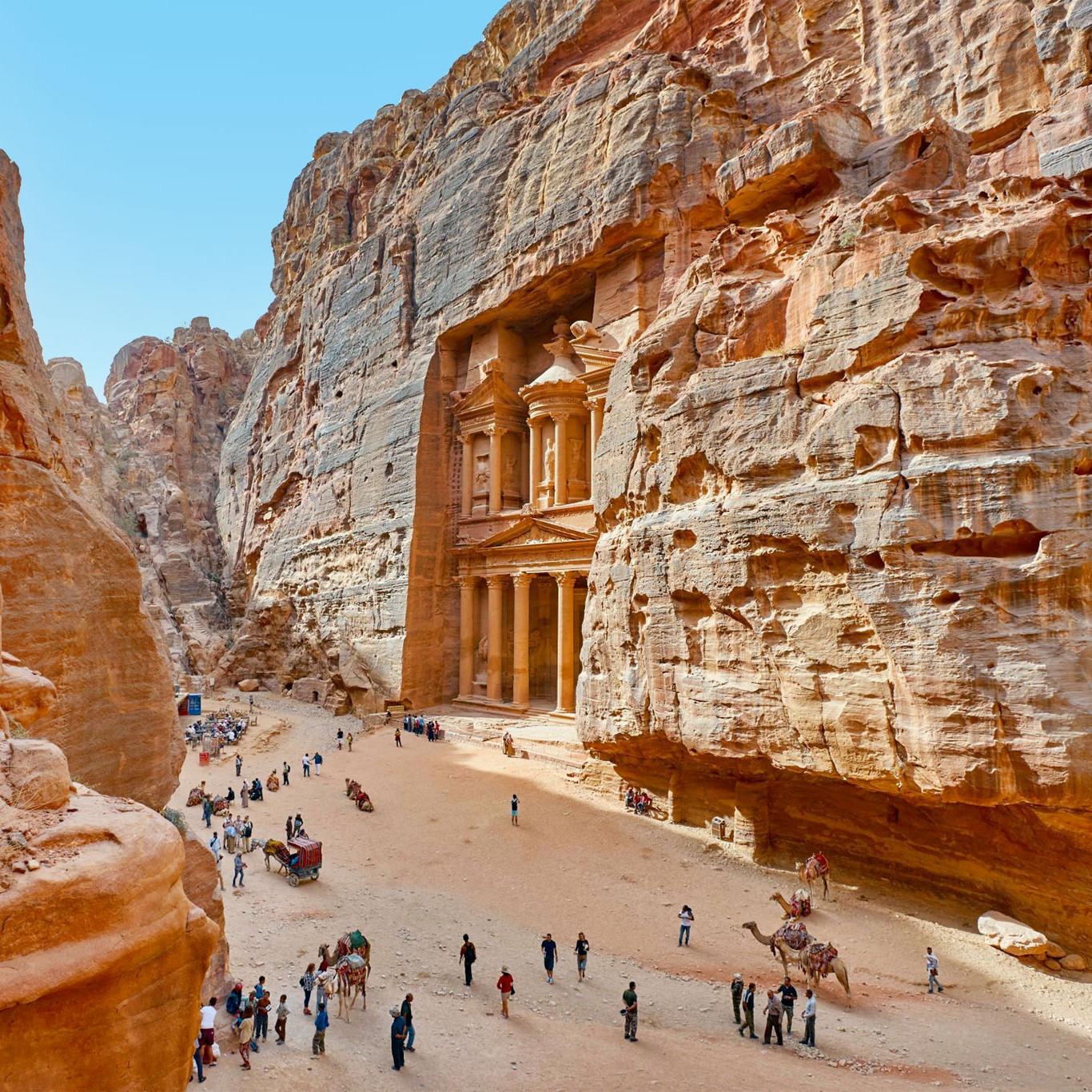 Petra jordan Asia travel guide