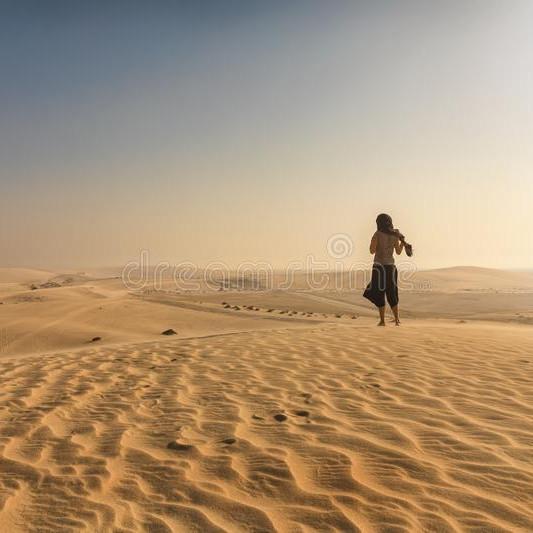 qatar singing dunes